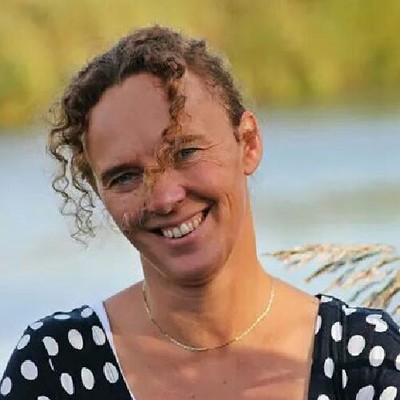 Nicolette van der Weide clusterdirecteur openbare scholen Molenland